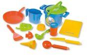 Produktfoto - Sandspielzeug-Set/Kochspielzeug-Set Lena von der Firma SIMM mit BRatpfanne Küchenhelfer, Messbecher uvm.